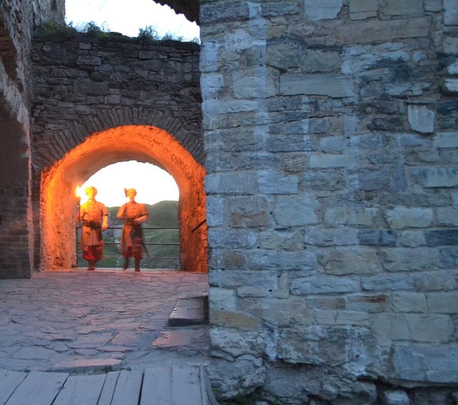 Стражи в Каменец-Подольской крепости