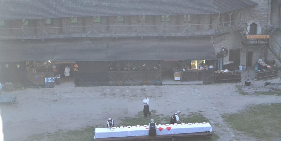Ужин в старой крепости Каменец