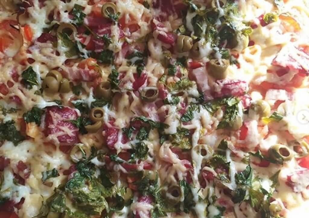 домашняя пицца готовая